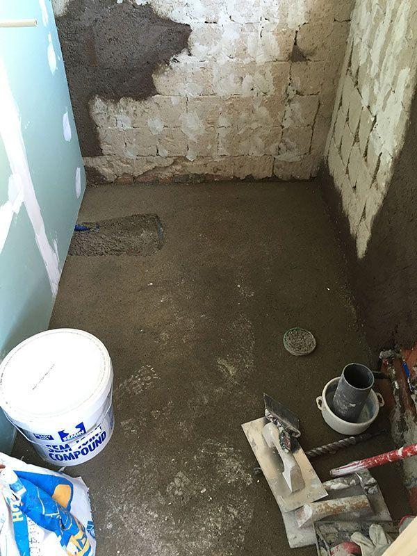 Una vivienda con plato de ducha o ba era fontaneros - Reformas getafe ...